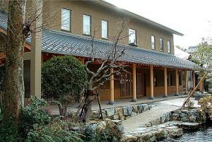 醒井木彫美術館