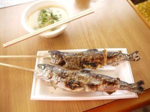 ビワマスの塩焼きとビワマス汁を召し上がれ(^o^)